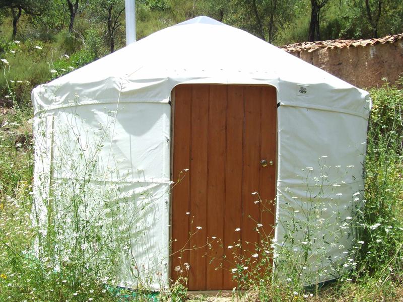 sshh Yurt  Exterior